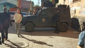 Armed police at a polling station in Sur, Diyarbakir